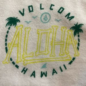 Volcom Shirts - Volcom Hawaii Aloha Tank Top Rare Discontinued M